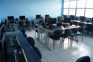 Laboratório de Informática - Educação Infantil e Fundamental